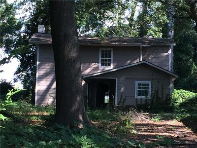 Single Family Home For Sale: 2091 Cascade Road SW