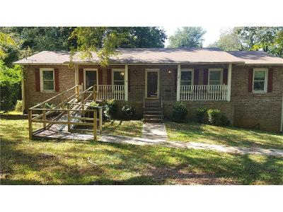 Stone Mountain Single Family Home For Sale: 4283 Autumn Hill Drive
