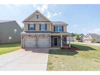 Hampton Single Family Home For Sale: 411 Bandelier Circle