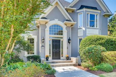 Roswell Single Family Home For Sale: 805 Club Chase Lane
