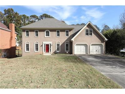 Marietta Single Family Home For Sale: 1055 Laurel Valley Drive SW