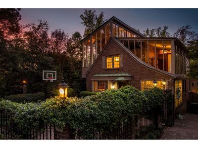 Atlanta Single Family Home For Sale: 768 Crestridge Drive