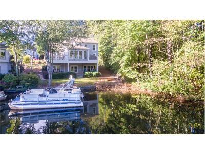 Alpharetta, Atlanta, Dunwoody, Johns Creek, Milton, Roswell, Sandy Springs Single Family Home For Sale: 6310 Spinnaker Lane