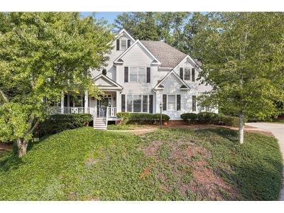 Alpharetta  Single Family Home For Sale: 6729 Wessex Downs Drive