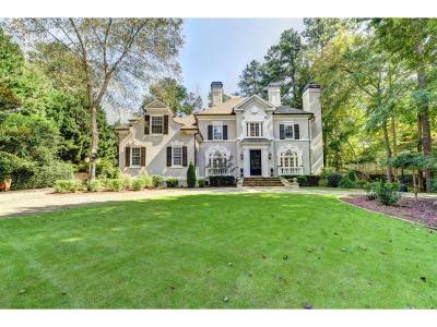 Johns Creek Single Family Home For Sale: 9435 Colonnade Trail