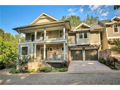 Roswell Single Family Home For Sale: 140 Weatherford Place