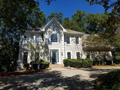 Johns Creek Single Family Home For Sale: 11215 Highfield Chase Drive