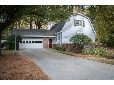 Dunwoody Single Family Home For Sale: 2538 Andover Drive