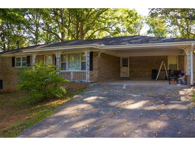 Single Family Home For Sale: 3539 Greenway Drive SW
