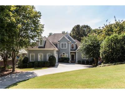 Johns Creek Single Family Home For Sale: 630 Oak Bridge Trail