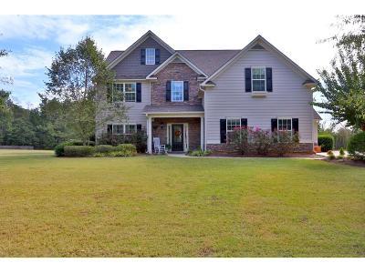 Loganville Single Family Home For Sale: 2105 Albert Jones Drive