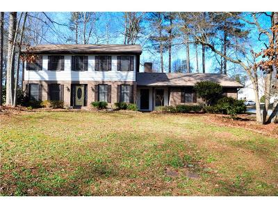 Snellville Single Family Home For Sale: 2673 Bouldercrest Court