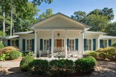 Sandy Springs Single Family Home For Sale: 215 Forrest Lake Drive