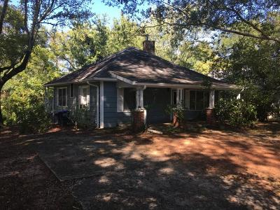 Roswell Single Family Home For Sale: 170 Sloan Street