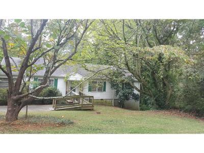 Atlanta Single Family Home For Sale: 1443 Merriman Lane