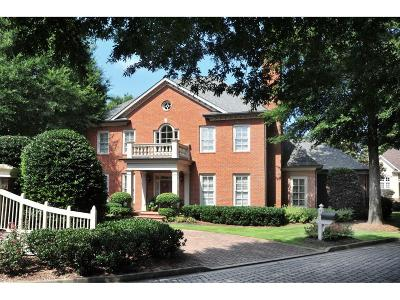 Cobb County Single Family Home For Sale: 53 Rivergate Court