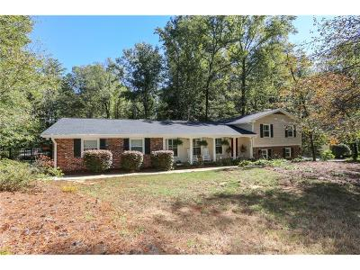Fulton County Single Family Home For Sale: 7295 Hunters Branch Drive