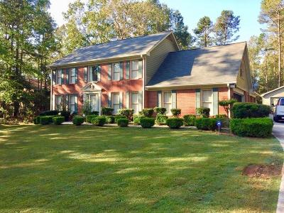 Snellville Single Family Home For Sale: 3999 Brenteresa Court