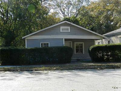 Single Family Home For Sale: 1520 Mims Street SW