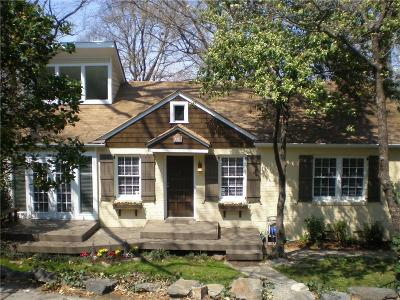 Single Family Home For Sale: 395 Lofton Road NW