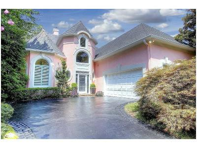 Johns Creek Single Family Home For Sale: 700 Olde Clubs Drive