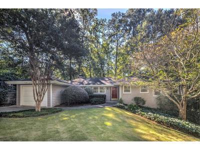 Single Family Home For Sale: 371 Delmont Drive NE
