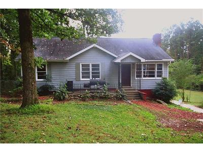 Single Family Home For Sale: 6894 Cochran Road