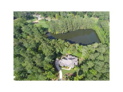 Woodstock Single Family Home For Sale: 107 Waters Edge Drive