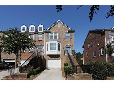 Smyrna Condo/Townhouse For Sale: 1705 Highlands View SE
