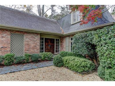 Single Family Home For Sale: 2550 Dellwood Drive NW