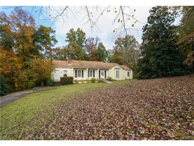 Sandy Springs Single Family Home For Sale: 277 Mount Vernon Highway