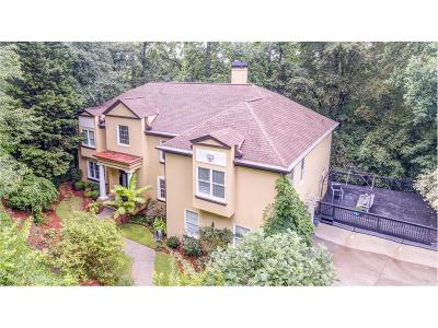 Roswell Single Family Home For Sale: 749 Grimes Bridge Road