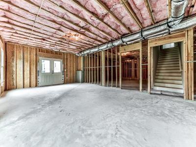 Canton Single Family Home For Sale: 107 Carter Lane