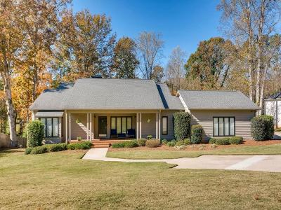 Single Family Home For Sale: 145 Woodlake Drive