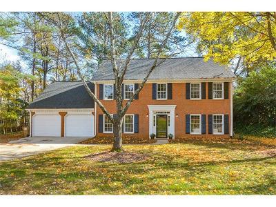 Marietta Single Family Home For Sale: 3241 Winterberry Circle
