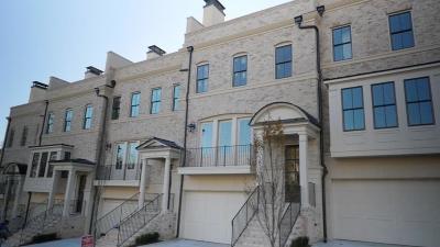Atlanta Condo/Townhouse For Sale: 3715 Peachtree Road NE #9