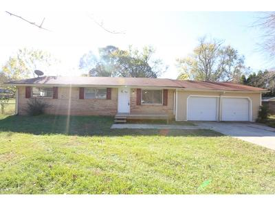 Douglasville Single Family Home For Sale: 6204 Central Church Road