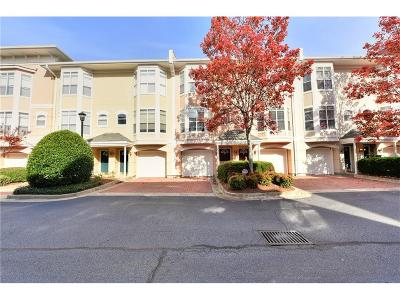 Atlanta Condo/Townhouse For Sale: 375 Highland Avenue NE #207