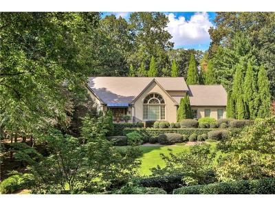 Sandy Springs Single Family Home For Sale: 335 Green Glen Way