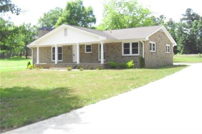 Buford Single Family Home For Sale: 3088 Wallace Road