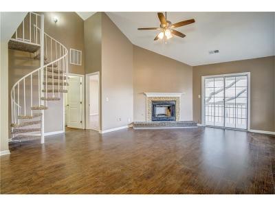 Smyrna Condo/Townhouse For Sale: 803 Bridge Lane SE #803