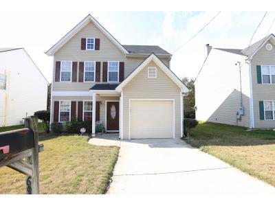 Lithonia Single Family Home For Sale: 6908 Mahonia Place