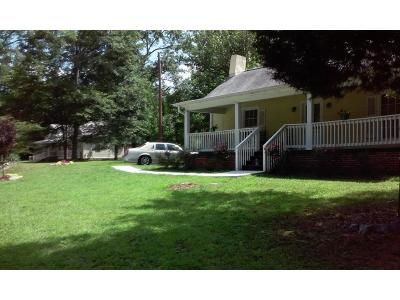 Austell Single Family Home For Sale: 6101 Spring Street