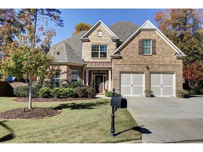 Single Family Home For Sale: 2595 Walden Estates Drive