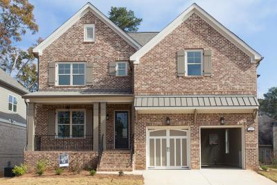 Alpharetta Single Family Home For Sale: 12055 Castleton Court