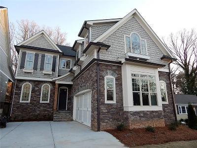 Smyrna Single Family Home For Sale: 1062 Bank Street SE