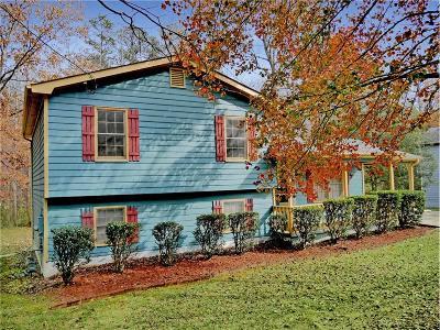 Gwinnett County Single Family Home For Sale: 3700 Compton Woods Lane