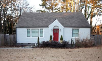 Decatur Single Family Home For Sale: 2482 Mellville Avenue