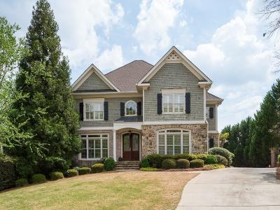 Roswell Single Family Home For Sale: 3302 Chimney Lane