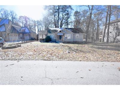 Smyrna Single Family Home For Sale: 2024 Westwood Road SE